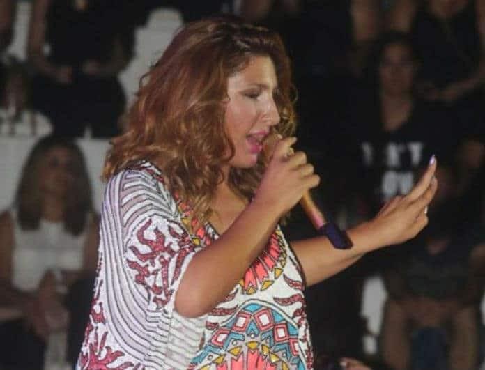 Έλενα Παπαρίζου: Αποκαλύπτει αν είναι έγκυος ή όχι η νέα φωτογραφία με το μαγιό!