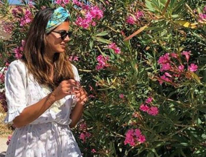 Σταματίνα Τσιμτσιλή: Τρυφερές αγκαλιές με το μπέμπη της στις διακοπές!