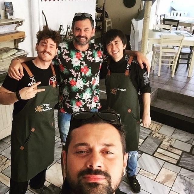 Master Chef: Απίστευτο! Ο Ζαχιρ έπιασε δουλειά σε μαγαζί πρώην συμπαίκτη του!