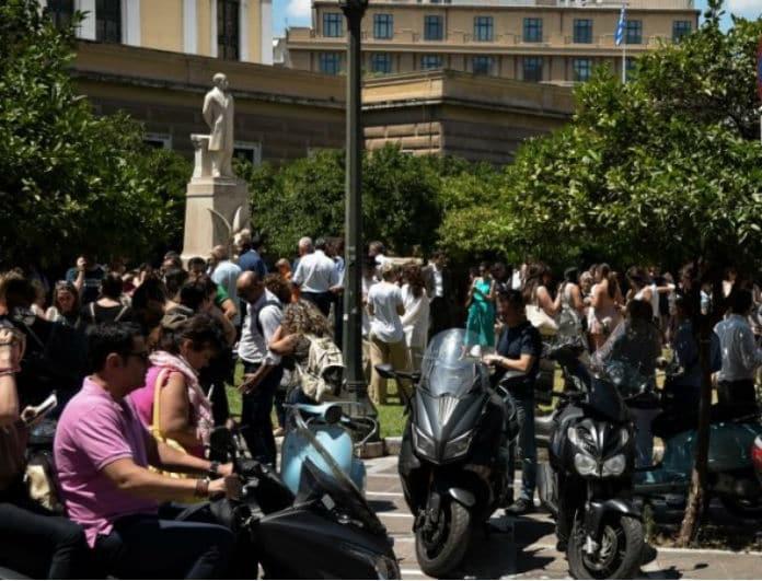 Σεισμός στην Αθήνα: Η φωτογραφία που κάνει τον γύρο του διαδικτύου!