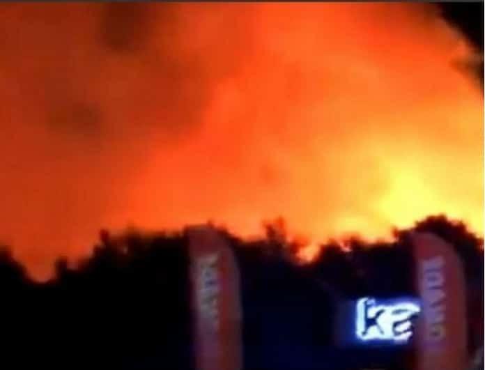 Τρόμος! Ξέσπασε πυρκαγιά σε μουσικό φεστιβάλ! (Βίντεο)