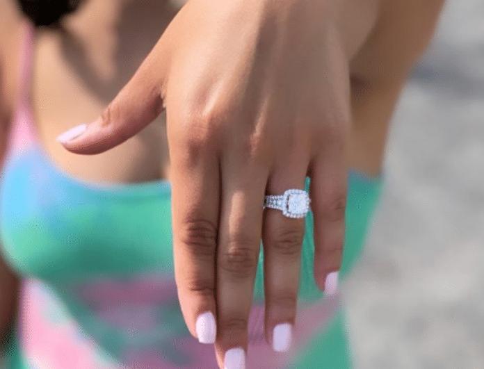 Απίστευτο! Πασίγνωστος παίκτης του Παναθηναϊκού έκανε πρόταση γάμου με τον πιο εντυπωσιακό τρόπο! (Βίντεο)