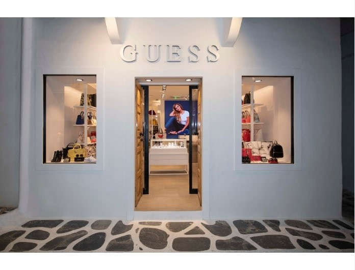 To νέο κατάστημα GUESS άνοιξε στην καρδιά της Μυκόνου!