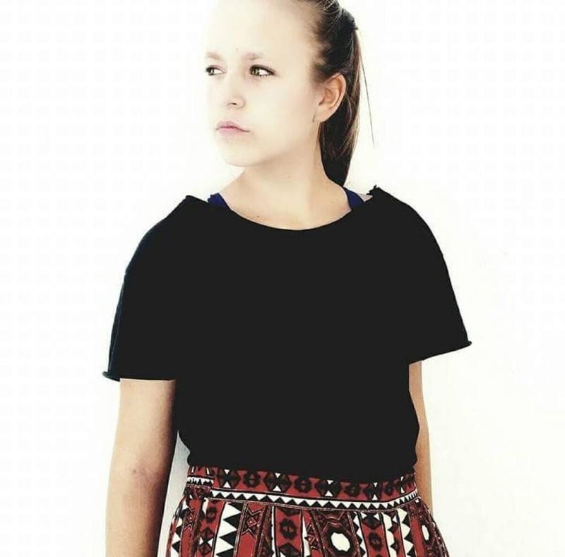 Απόστολος Γκλέτσος: Η κουκλάρα 17χρονη κόρη του! Πόσο του μοιάζει;