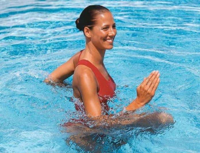 Γυμναστική στη θάλασσα: Κάνε ασκήσεις στο νερό και δες μεγάλη διαφορά στο σώμα σου!