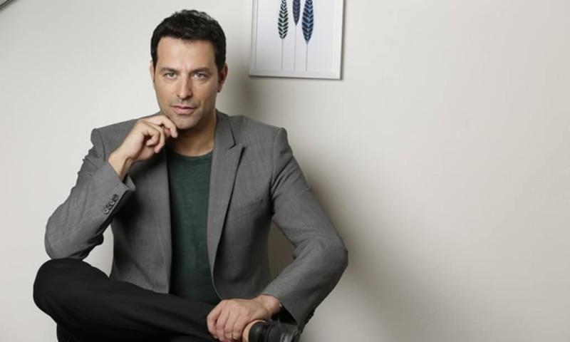 Απίστευτο! Πασίγνωστος Έλληνας ηθοποιός εξομολογείται ότι τον είχαν για νεκρό!