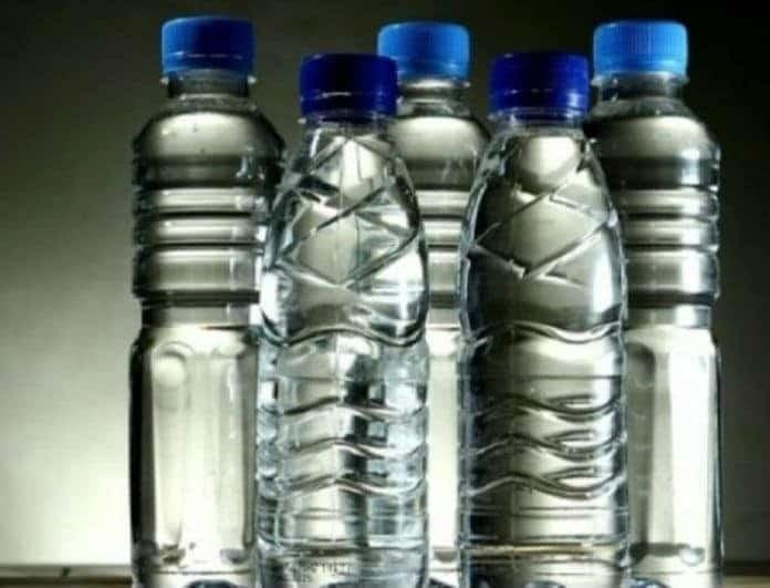 Έρευνα - σοκ! Τα πλαστικά μπουκάλια νερού είναι πιο βρώμικα από… μια λεκάνη τουαλέτας!