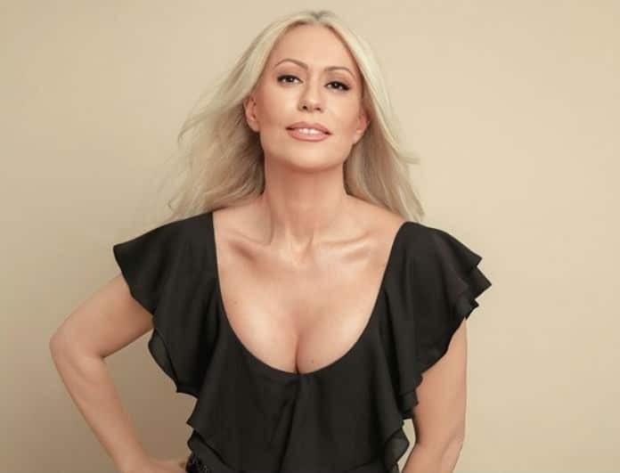 Μαρία Μπακοδήμου: Ετοιμάζει διπλό «χτύπημα»! Η γυρισμένη πλάτη και το μεγάλο βήμα!