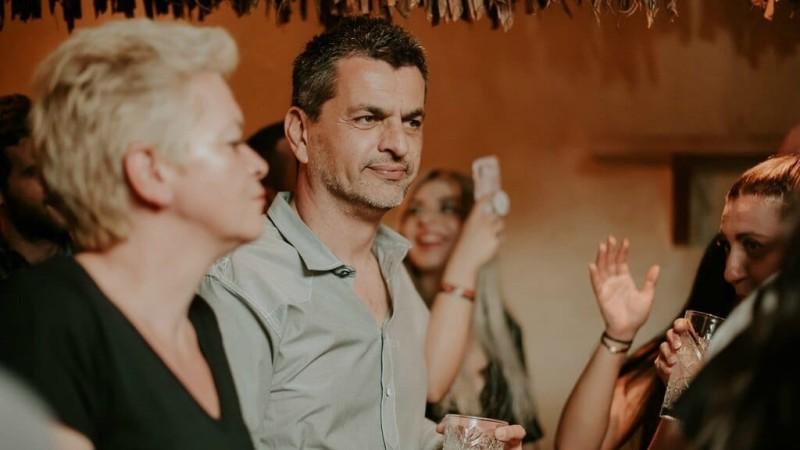 Θυμάστε τον Νικόλα από το «Κωνσταντίνου και Ελένης»; Δεν φαντάζεστε πως είναι σήμερα!