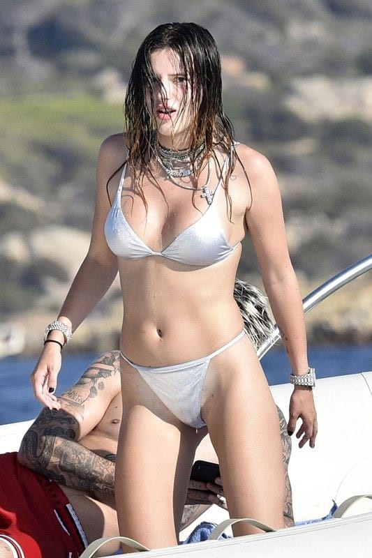 «Τα πήρε» όλα αλλά τις ξέφυγαν τρίχες! Αδιανόητο «ατύχημα» για γνωστή ηθοποιό! Η εικόνα της κάνει τον γύρο του διαδικτύου!