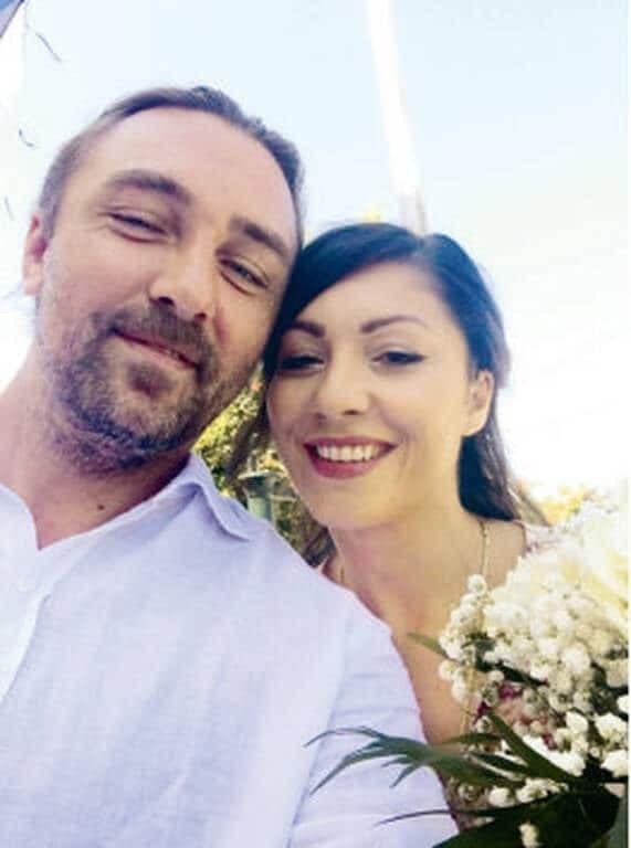 Γάμος έκπληξη στην ελληνική showbiz! Οι πρώτες φωτογραφίες από τον κρυφό γάμο!