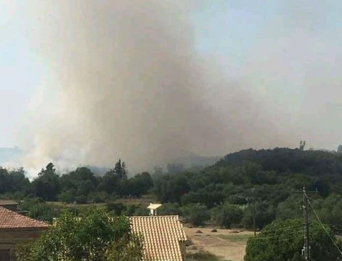 Μεγάλη φωτιά στην Κέρκυρα! Δόθηκε εντολή εκκένωσης σε δύο χωριά! (Βίντεο)