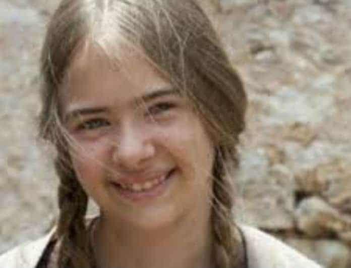 Θυμάστε την Μαρία από το «Νησί»; Δείτε την να ποζάρει μπροστά από το ηλιοβασίλεμα με μαγιό!