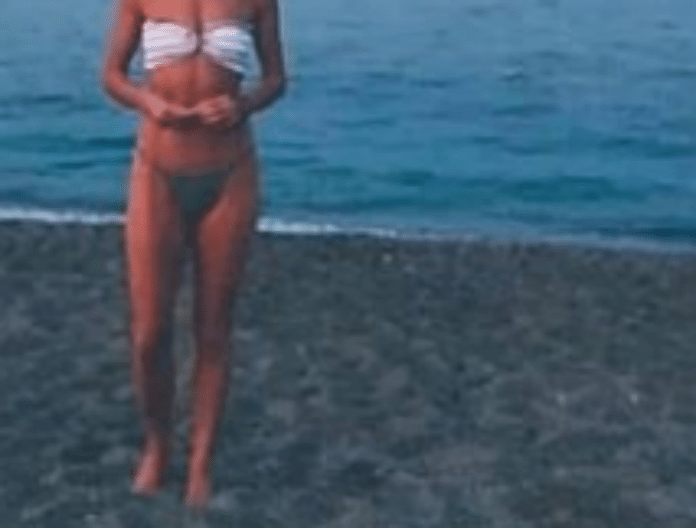 Απίστευτο! Αυτή η κορμάρα ανήκει σε 55χρονη Ελληνίδα ηθοποιό!