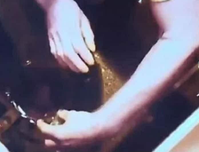 Απίστευτο! Έβαλε κάμερα στην κουζίνα και έπιασε τον άνδρα της να προσπαθεί να την δηλητηριάσει! (Βίντεο)