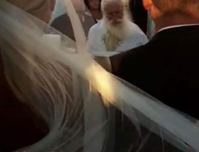 Πραγματοποιήθηκε ο πιο λαμπερός γάμος της Ελληνικής showbiz! Οι πρώτες φωτογραφίες!