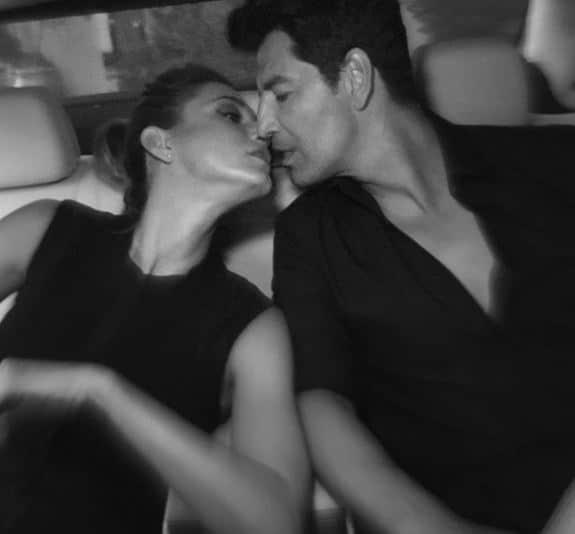 Κάτια Ζυγούλη - Σάκης Ρουβάς: Τον λατρεύει και το δείχνει! Αγνόησε τα βλέμματα και τον φίλησε με πάθος!
