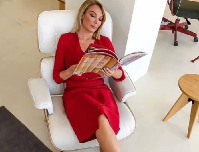 Τατιάνα Στεφανίδου: Έδωσε 569 ευρώ για το φόρεμα - φάκελο! Εσύ θα το αγόραζες;