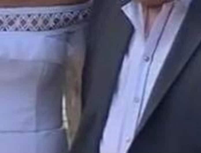 Πασίγνωστος Έλληνας τραγουδιστής πάντρεψε την κόρη του! Το νυφικό που «μαγνήτισε» όλα τα βλέμματα!