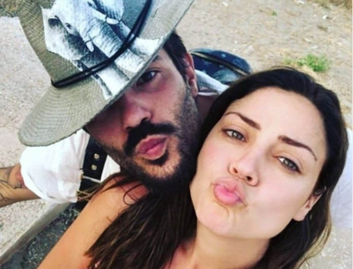 Μπάγια Αντωνοπούλου: Ποζάρει ημίγυμνη μπροστά στον σύντροφό της!