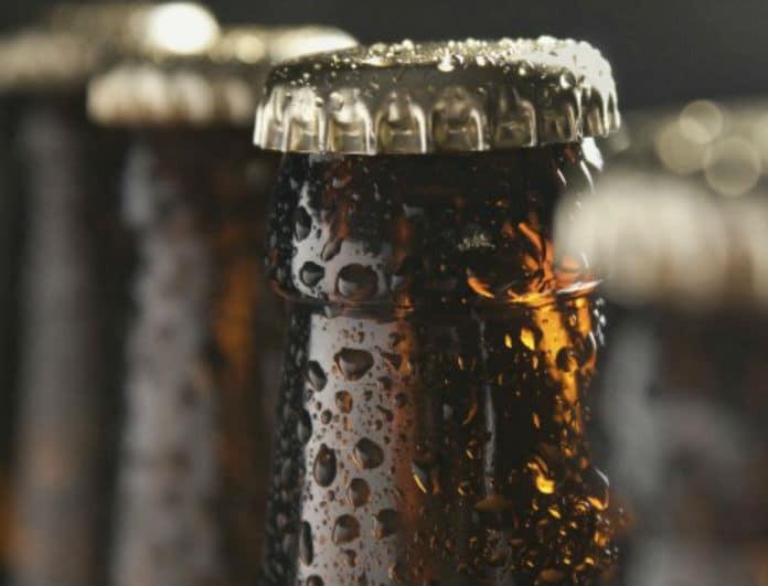 Δεν βρίσκεις το ανοιχτήρι; Άνοιξε την μπύρα σου μόνο με ένα κομμάτι χαρτί!