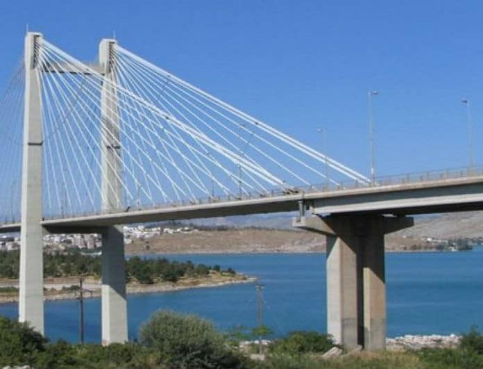 Αποτέλεσμα εικόνας για γεφυρα χαλκιδα πτωμα