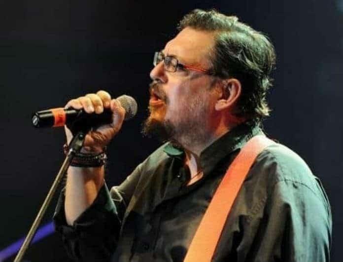 Λαυρέντης Μαχαιρίτσας: Θα σας πιάσουν δάκρυα! Αυτό το τραγούδι αφιέρωνε στην κόρη του...