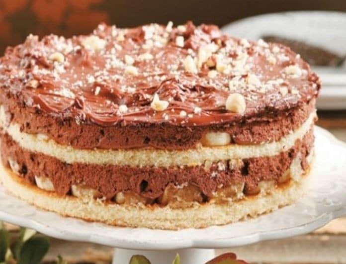 Σοκολατένια τούρτα γάλακτος! Έχει μέσα κομμάτια μπανάνας...
