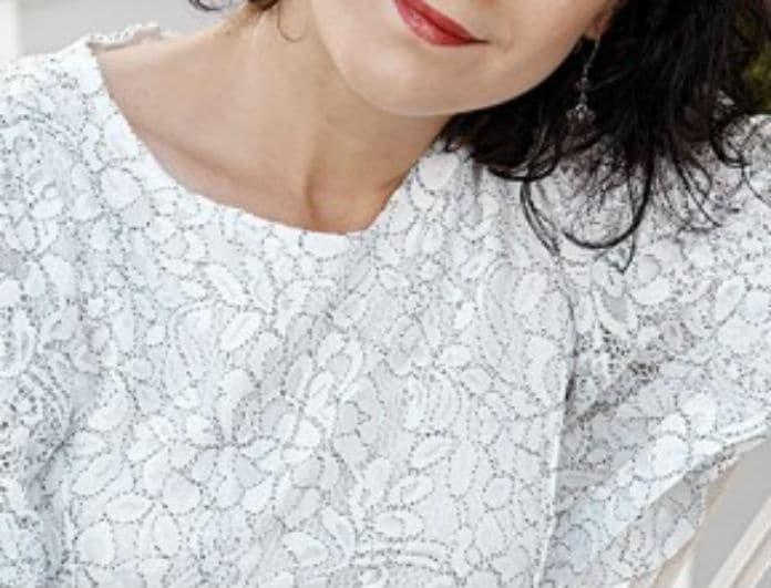 Γνωστή Ελληνίδα τραγουδίστρια ανέβαλε τον γάμο της για οικογενειακά θέματα υγείας!