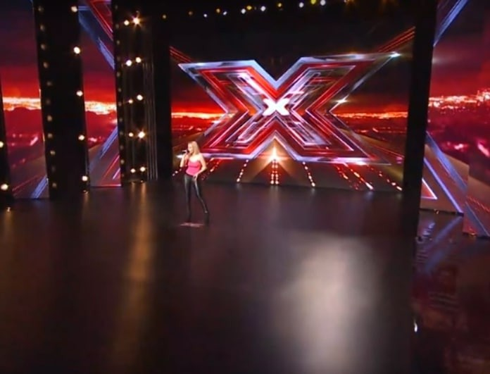 X-Factor: Η ξανθιά που ξεσάλωσε στη σκηνή, αλλά δεν πήρε ούτε ένα