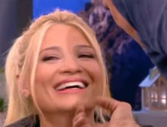 Φαίη Σκορδά: Πήγε στην εκπομπή της και είπε ατάκα έπος - «Θα το φας το κεφαλάκι σου»!