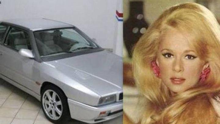 Αλίκη Βουγιουκλάκη: Πούλησε αυτή την αυτοκινητάρα 10.000 ευρώ! Θα σας