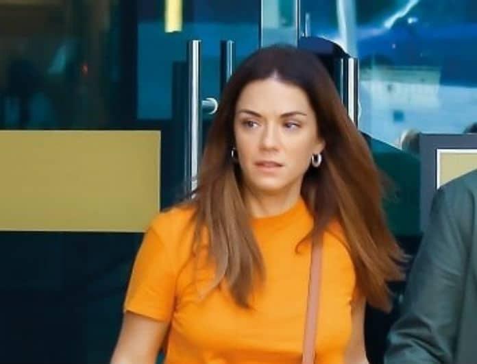 Βάσω Λασκαράκη: Εξωπραγματικό! Κρέμασε στο σώμα της τσάντα που πήρε με 2.350 ευρώ! Την κοιτούσαν όλοι...
