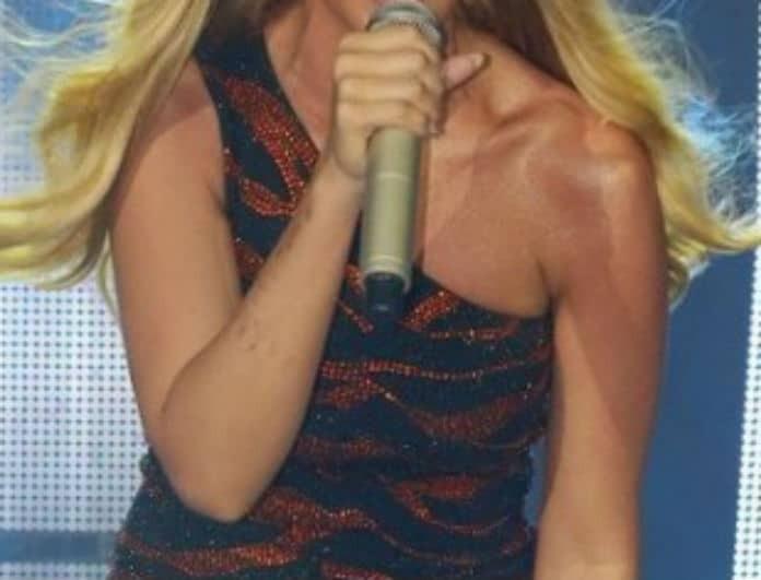 Γνωστή Ελληνίδα τραγουδίστρια δημοσίευσε τη πιο τρυφερή φωτογραφία με τα δίδυμα της!
