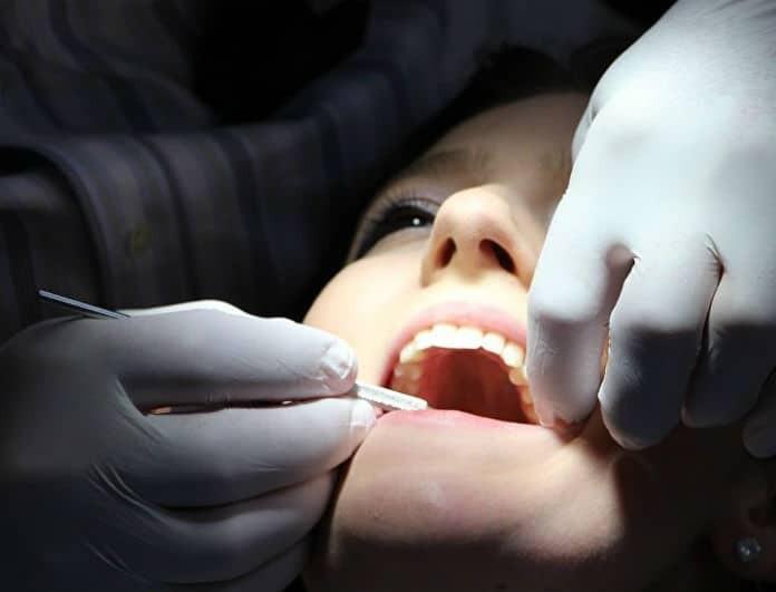 Εσύ για πόσο θα ζήσεις; Τα δόντια σου στο αποκαλύπτουν!