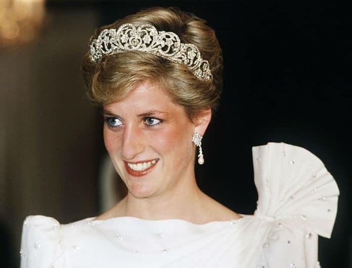 Πριγκίπισσα Diana: Σάλος στο παλάτι! Ποια έκλεψε την τιάρα της; Ντοκουμέντο!