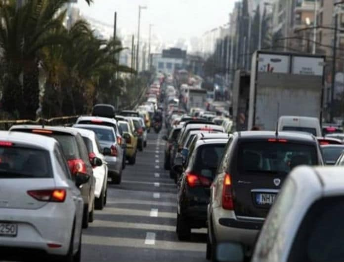 Χάος στους δρόμους από την απεργία! Ποιοι δρόμοι είναι «πνιγμένοι»!