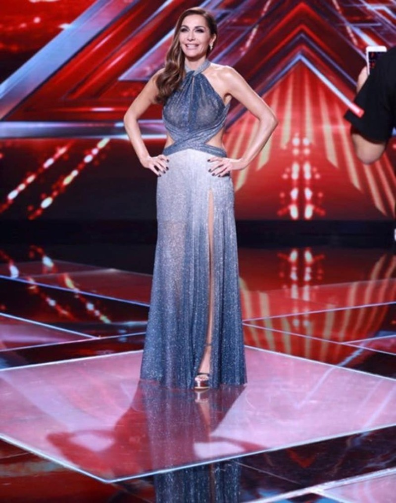 X- Factor: Απαστράπτουσα η Δέσπονα Βανδή στην έναρξη των Live!
