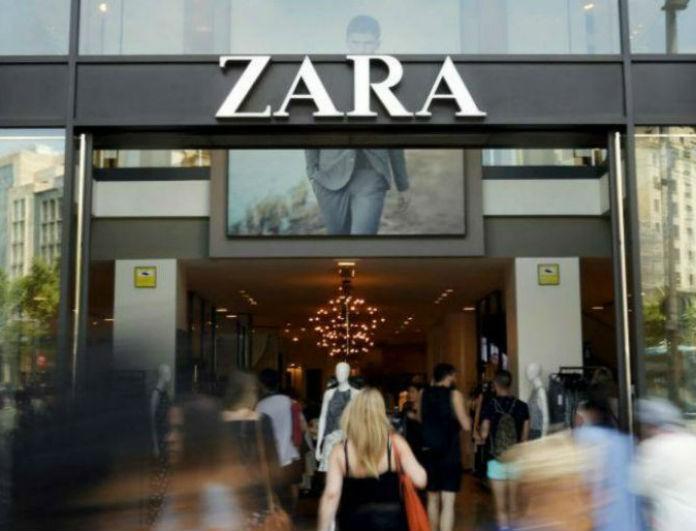 Zara - εκπτώσεις: Αυτό το μαύρο φόρεμα από την συλλογή θα το βρεις -60%! Αγόρασε το μόνο με 9,99!