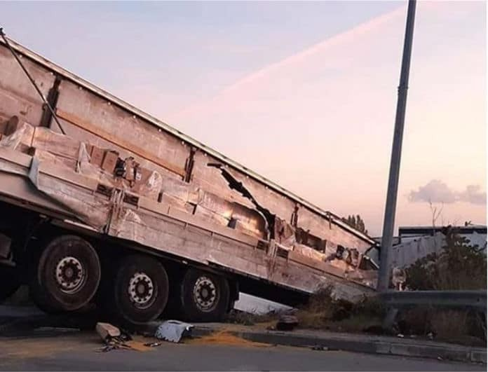 Τραγωδία στην Άνθουσα: Τροχαίο σοκ με νταλίκα στην έξοδο της Αττικής Οδού!
