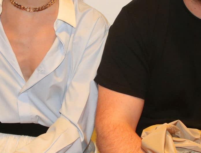 Δεν κρατήθηκε άλλο το ζευγάρι της ελληνικής showbiz! Tον κοίταγε κι «έλιωνε» μπροστά στον κόσμο!