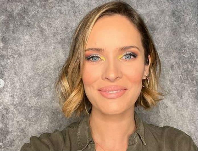Ανίτα Μπράντ: Αντέγραψε το μακιγιάζ της και βάλε «φωτιά» με ένα σου μόνο βλέμμα! (Βίντεο)