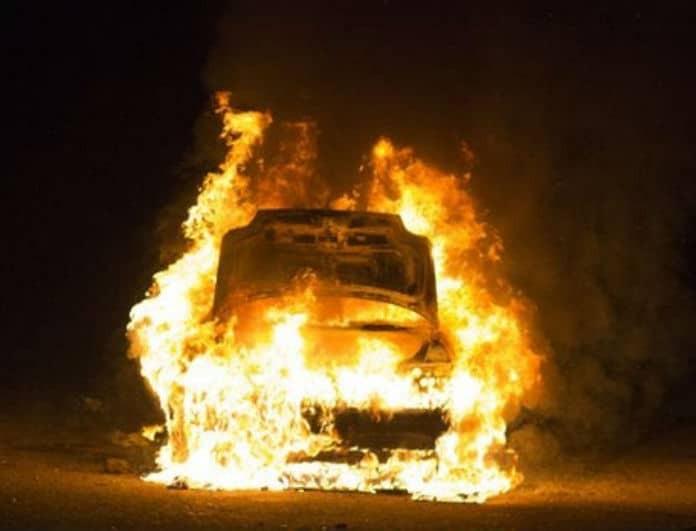 Θρίλερ στην Εθνική όδο! Αυτοκίνητο τυλίχθηκε στις φλόγες!