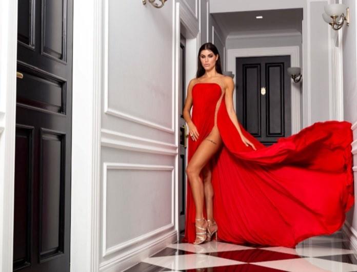Η Ιωάννα Μπέλλα επέλεξε εντυπωσιακό φόρεμα Design by Nikos