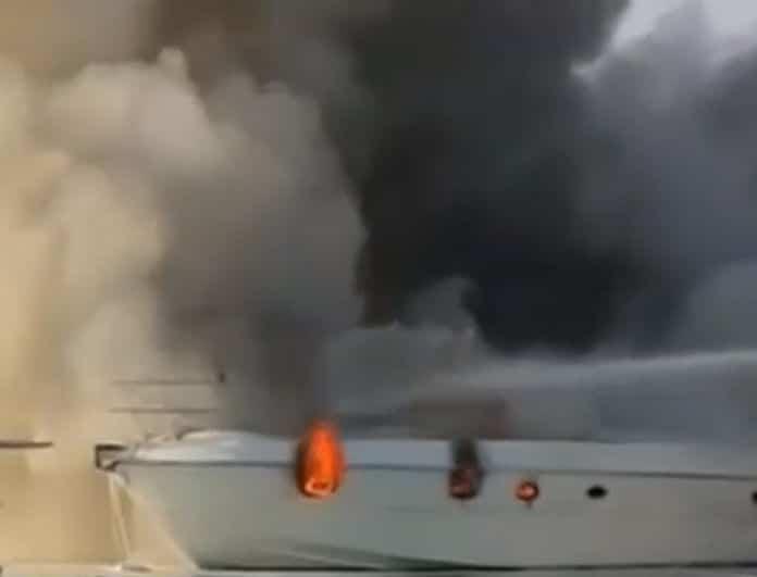 Εικόνες σοκ από τη φωτιά στη Μαρίνα Γλυφάδας!
