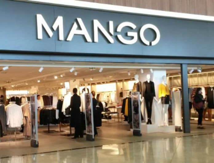 Mango: Αυτό είναι το top κασκόλ σε πωλήσεις! Έχει σπάσει τα ταμεία!