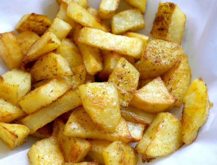 15 μυστικά για να φτιάξεις τέλειες πατάτες! Από τηγανητές μέχρι... στο φούρνο!