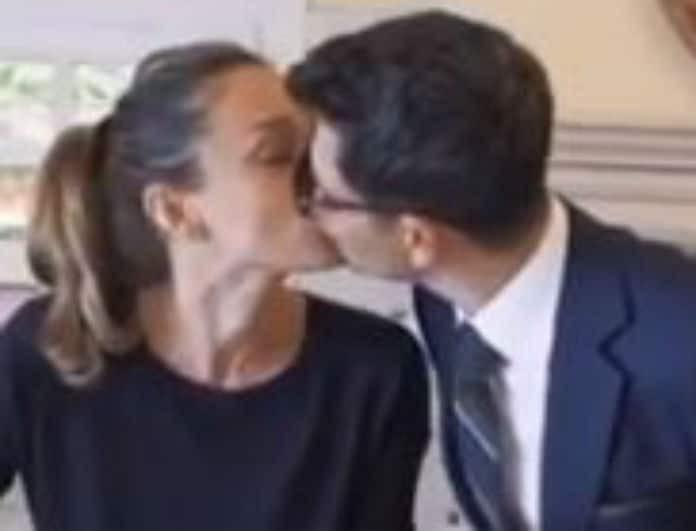 Κάτια Ζυγούλη - Σάκης Ρουβάς: Αγνόησαν την κάμερα και αντάλλαξαν ένα τρυφερό φιλί στο στόμα! Το βίντεο που βγήκε στο φως!