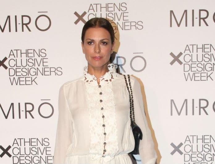 Τζίνα Αλιμόνου: Έμοιαζε με άγγελο ντυμένη στα λευκά! Η εμφάνιση που θύμιζε άλλη εποχή!