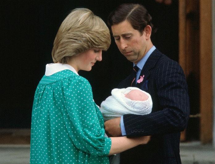 Σκοτωμός στο Buckingham! Πήραν το στέμμα από την Diana! Ο Κάρολος δεν την άφηνε να δει τα παιδιά!